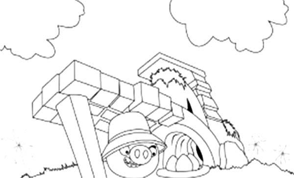 Angry Bird Pigs Hiding Inside Castle Coloring Pages