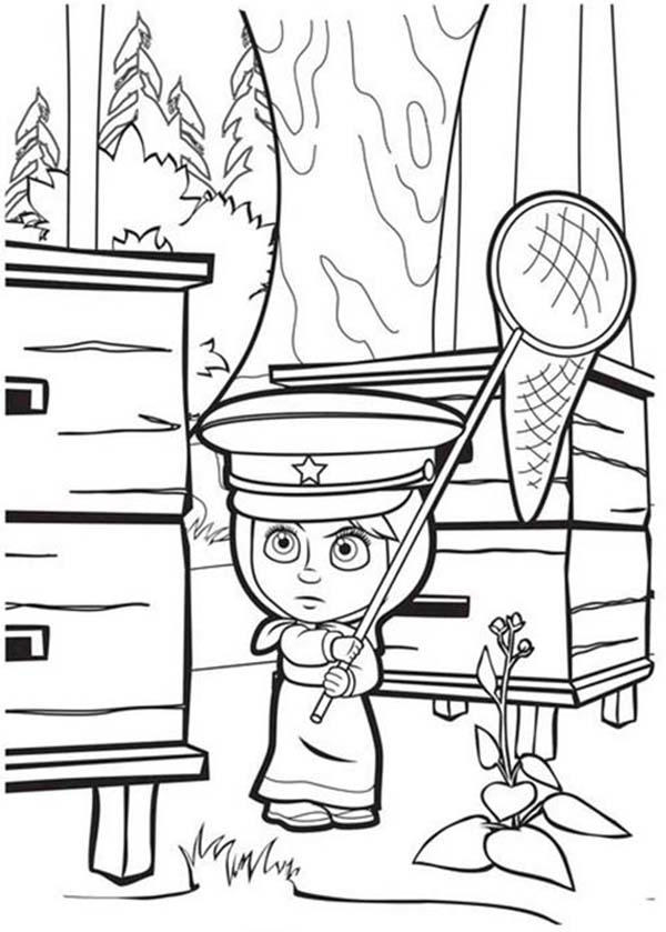 Mascha Get Closed To Beehive In Mascha And Bear Coloring Pages